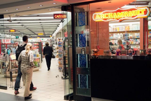 Les employés du centre d'appels du Groupe Archambault ont eu une mauvaise... (Ryan Remiorz, Archives La Presse Canadienne)