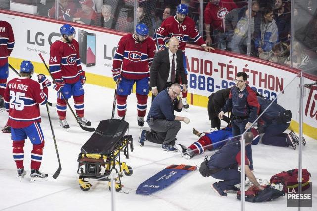 Le défenseur est toujours incommodé par une blessure... (Graham Hughes, La Presse Canadienne)