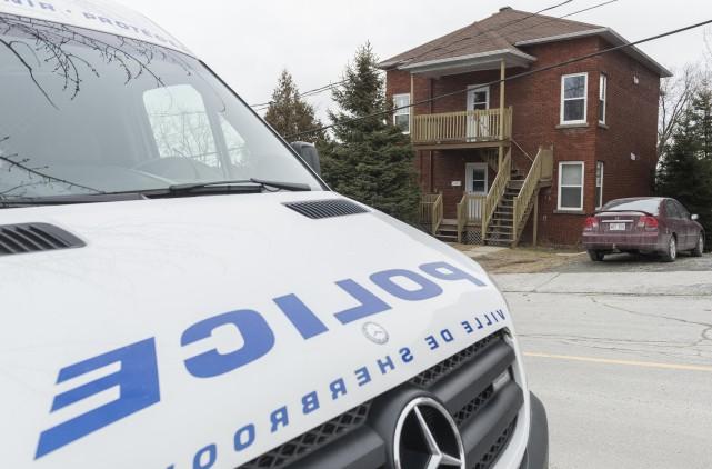 Les surveillances du Service de police de Sherbrooke... (Spectre Média, Frédéric Côté)