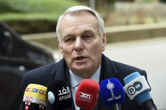 Jean-Marc Ayrault... (PHOTO JOHN THYS, AGENCE FRANCE-PRESSE)