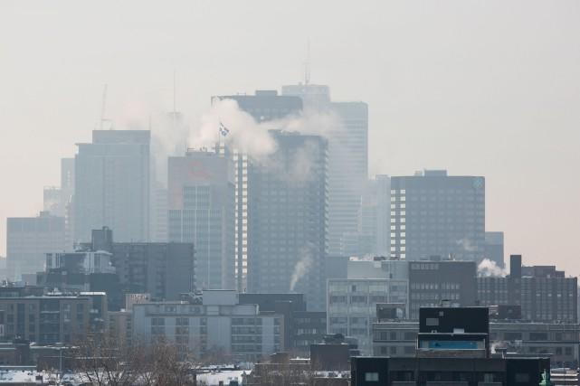 Un jour de smog est décrété quand la... (PHOTO MARTIN TREMBLAY, ARCHIVES LA PRESSE)