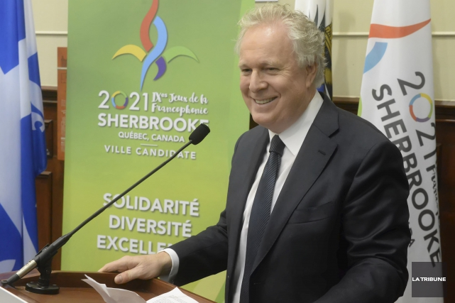 Jean Charest... (Archives, La Tribune)