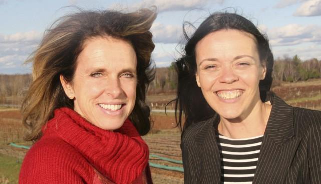 Nancy Giroux et Natalia Théoret invitent les personnes... (photo fournie par Natalia Théoret)