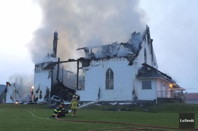 Un feu survenu le 6 juillet 2015 a... (Julien Paquette, archives LeDroit)