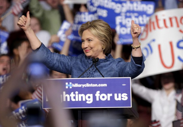 La candidate démocrate Hillary Clinton a été chaleureusement... (AP, Lynne Sladky)