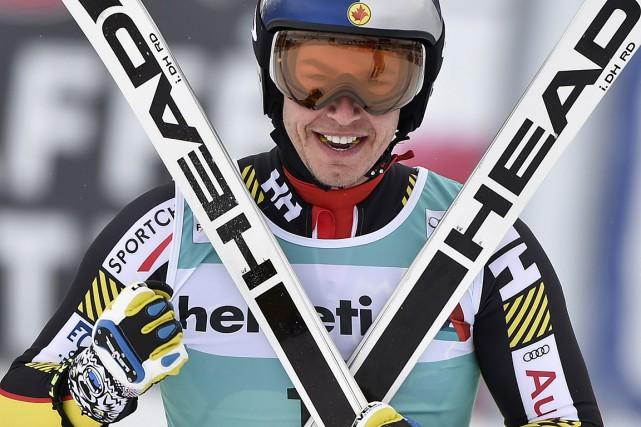 Le skieur québécois Érik Guay, content de sa... (PHOTO FABRICE COFFRINI, AFP)