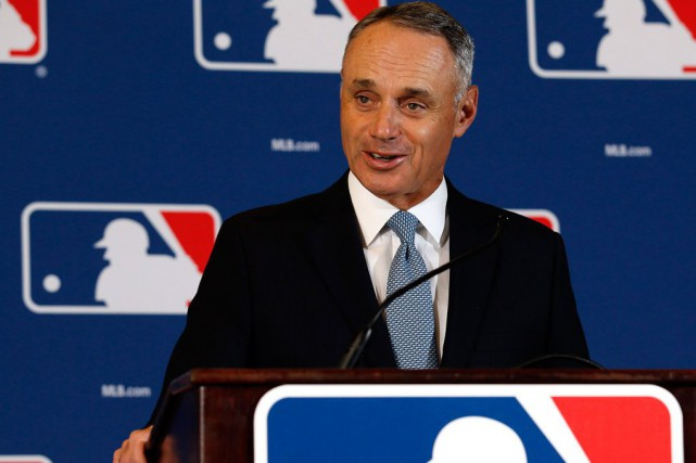 Le commissaire Rob Manfred a déjà mentionné Montréal et... (Photo Morry Gash, Associated Press)