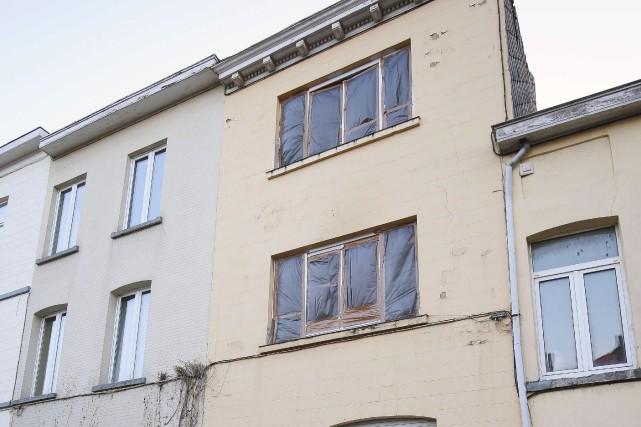 Les fenêtres de l'édifice de la rue du... (AFP, Bruno Fahy)