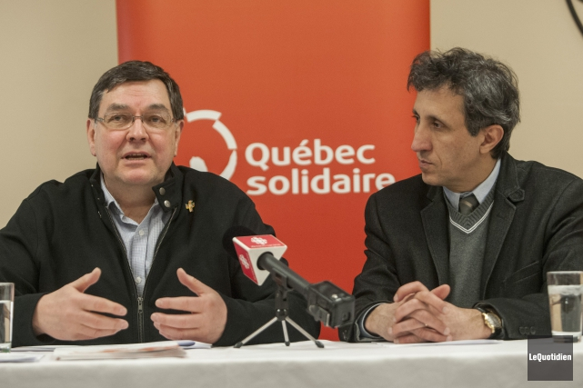 Le candidat de Québec solidaire pour l'élection partielle... (Photo Le Quotidien, Michel Tremblay)