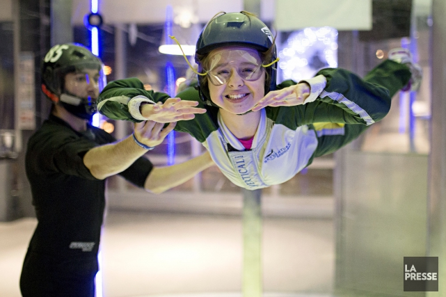 Parachutisme int rieur chez top karting mathieu b langer for Karting interieur quebec