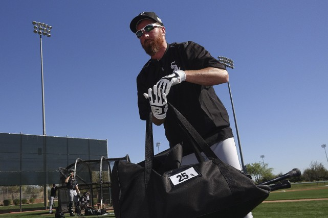 Le président des White Sox, Kenny Williams, a... (AP, Ross D. Franklin)