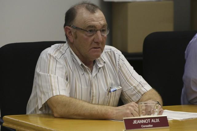Le conseiller Jeannot Alix a martelé avoir quitté... (Janick Marois)