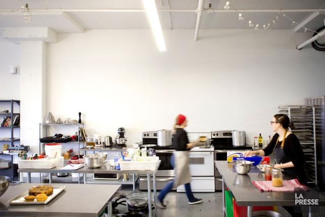 Inspirée d'un concept américain, une première cuisine collaborative... (PHOTO MARCO CAMPANOZZI, LA PRESSE)