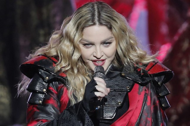 Madonna a mis des fans en rogne en amorçant un concert dans la ville... (PHOTO ARCHIVES AP)