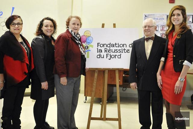 Johanne Allard, représentante des directions d'école secondaire, Sarah... (Photo Le Quotidien, Rocket Lavoie)