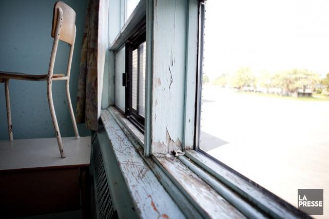 Le gouvernement a choisi de rénover des écoles... (Archives La Presse, Marco Campanozzi)