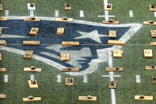 Les Patriots de la Nouvelle-Angleterre ont annoncé les embauches du porteur de... (Photo AP)