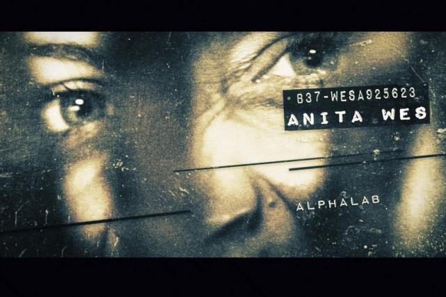 Anita, 23 ans, est obnubilée par son image corporelle. Attirée par une annonce...