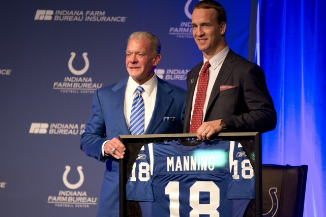 Le propriétaire des Colts d'Indianapolis, Jim Irsay, a... (Michael Conroy, Associated Press)