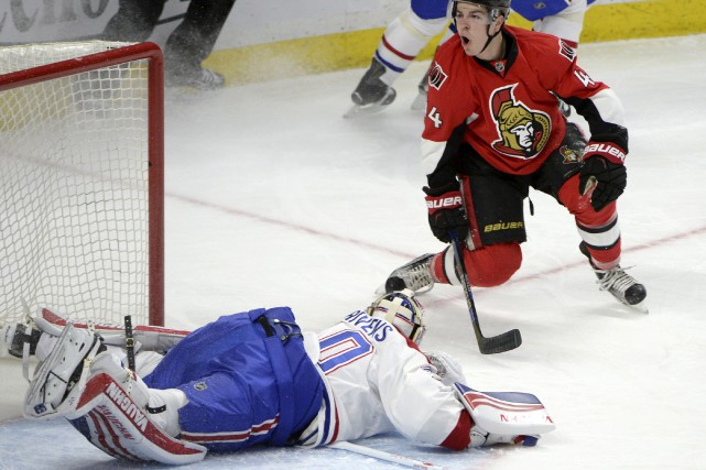 Jean-Gabriel Pageau a déjoué le gardien Ben Scrivens... (La Presse Canadienne)