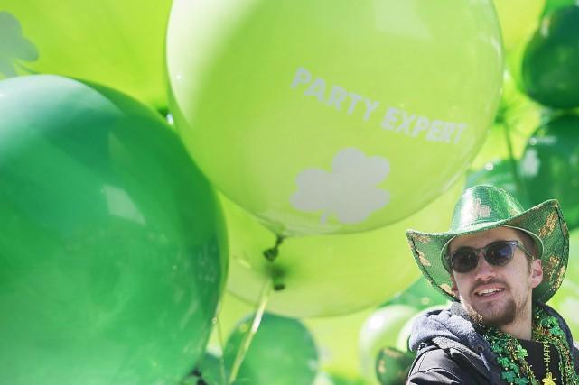 Le 193e défilé de la Saint-Patrick de Montréal a célébré dimanche le riche... (Photo La Presse Canadienne)