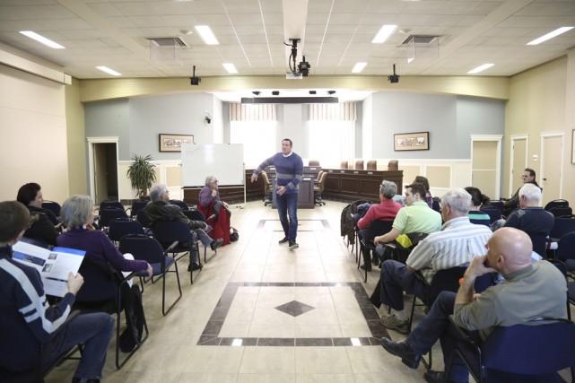 Le maire Bonin espère recevoir des idées sur... (photo Julie Catudal)