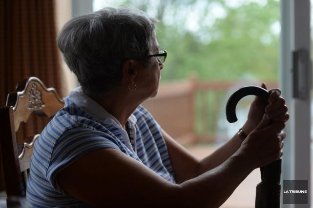 ÉDITORIAL / L'âge de la retraite sera maintenu à 65ans. Le gouvernement de... (Archives, La Tribune)