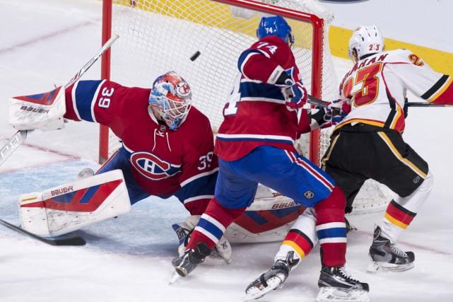 Le centre des Flames Sean Monahan a marqué... (La Presse Canadienne)