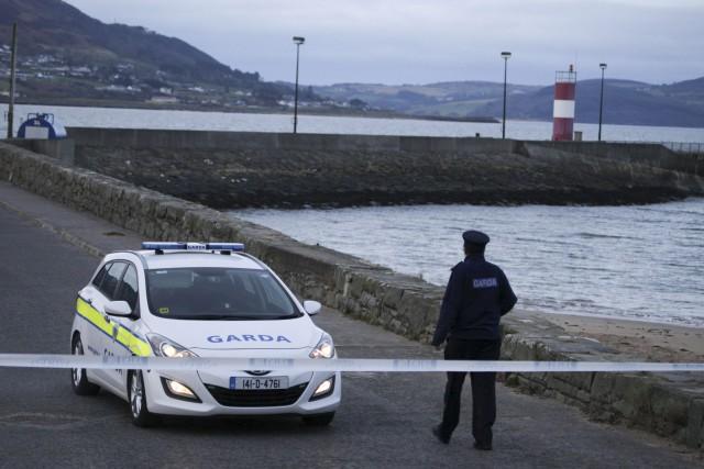 Un témoin a raconté qu'un inconnu s'est jeté... (Associated Press)