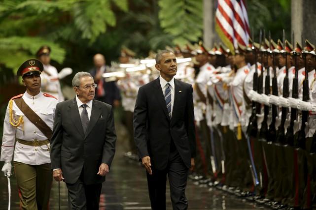 Le président américain Barack Obama a entamé lundi... (AP, Ramon Espinosa)