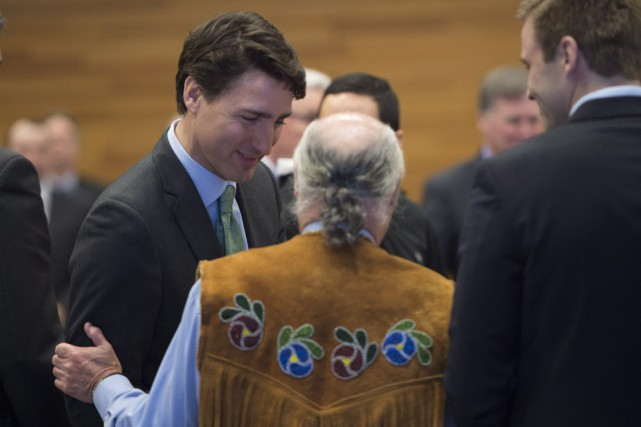 Alors que certaines communautés autochtones n'ont pas accès... (Photo archives La Presse Canadienne)