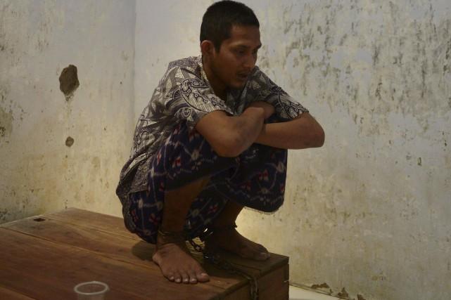 En Indonésie, près de 19 000 malades mentaux... (AFP, Adek Berry)