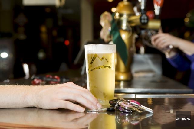 Un multirécidiviste de l'alcool au volant a passé... (Archives, La Tribune)