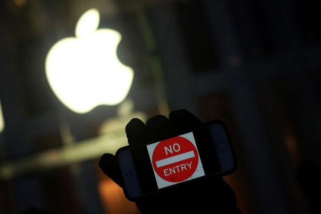 Washington et Apple avaient engagé depuis des semaines... (PHOTO AFP)