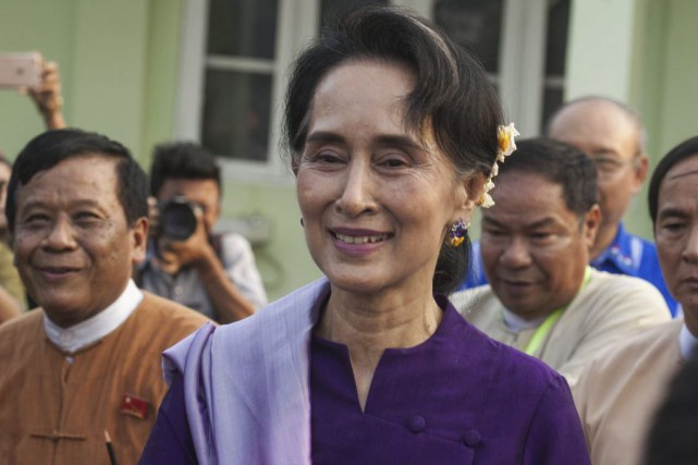 Aung San Suu Kyi... (PHOTO ARCHIVES AGENCE FRANCE-PRESSE)