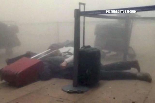Un couple témoigne du chaos, de la mort... (RTL via AP)