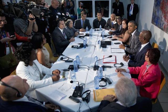 Une douzaine de dissidents étaient présents à la... (Associated Press)