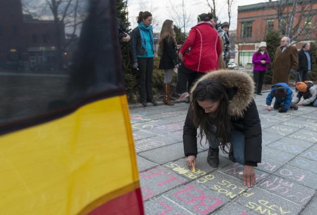 Un rassemblement a eu lieu devant l'hôtel de... (Spectre Média, Frédéric Côté)
