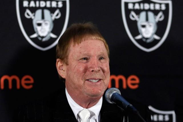 Plus tôt cette année, le propriétaire des RaidersMark... (Photo Ben Margot, archives AP)