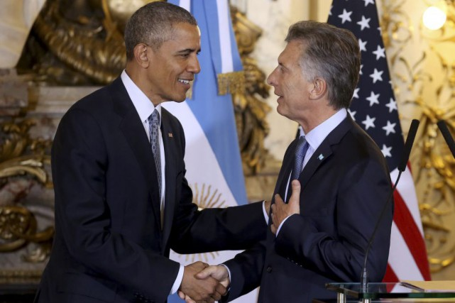 Barack Obama et Mauricio Macri... (PHOTO MARTIN ZABALA, ASSOCIATED PRESS)