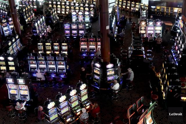 Un casino d'État doit s'assurer que les dollars... (Patrick Woodbury, LeDroit)