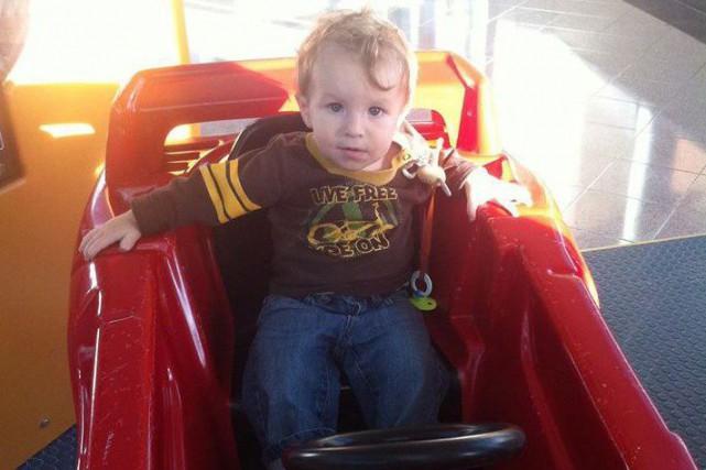 Ezekiel Stephan, un bambin de 19 mois mort... (PHOTO DE LA FAMILLE VIA LA PRESSE CANADIENNE)