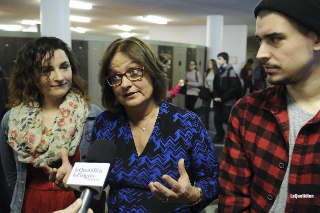 Marilyse Hamelin, Julie Miville-Dechêne et le chanteur Koriass... (Photo Le Quotidien, Mariane L. St-Gelais)