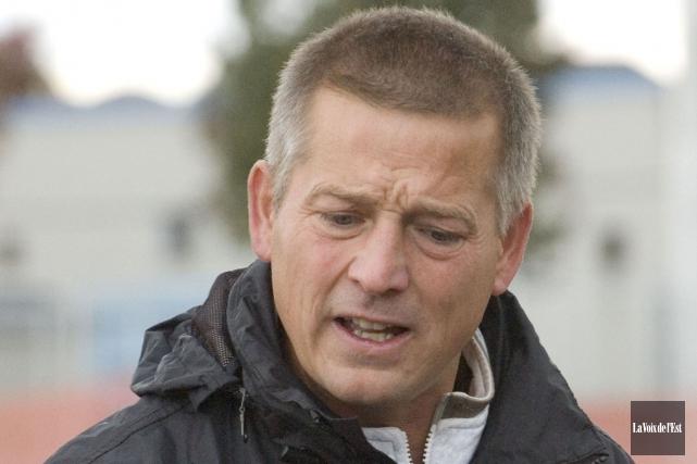 L'entraîneur des Inouk du soccer intérieur masculin,Robert Kmec.... (archives La Voix de l'Est)