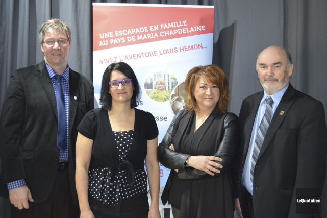 Ghislain Goulet, Guylaine Perron, Carole Tremblay et Jean-Pierre... (Photo Le Quotidien, Louis Potvin)