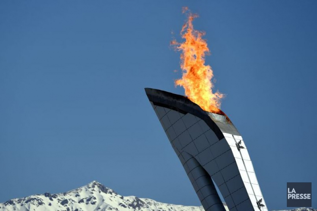 La flamme olympique à Sotchi.... (PHOTO BERNARD BRAULT, ARCHIVES LA PRESSE)