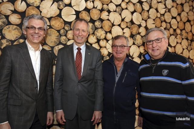 On aperçoit ici René Beauregard, Yves Croteau et... (Christophe Boisseau-Dion, La Voix de l'Est)