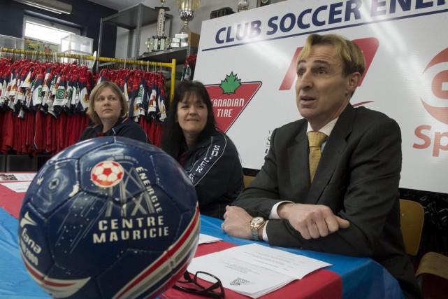 La secrétaire du club de soccer Énergie Centre-Mauricie... (Stéphane Lessard)