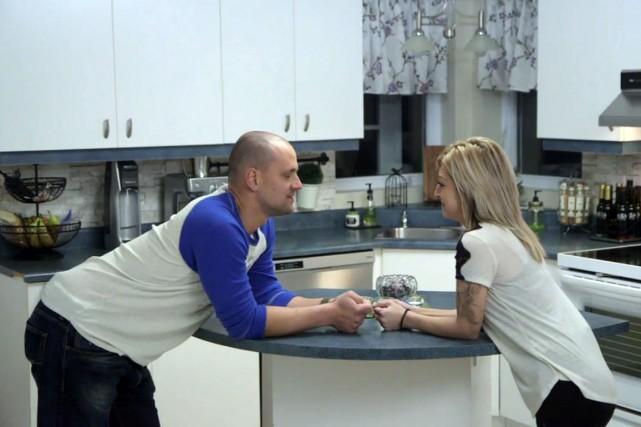 Alexandre P. et Julia, deux participants de l'émissionL'amour... (Capture d'écran)