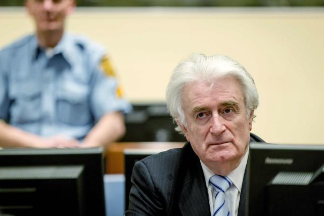 Radovan Karadzic a été jugé coupable, jeudi, de... (PHOTO ROBIN VAN LONKHUIJSEN, AGENCE FRANCE-PRESSE)